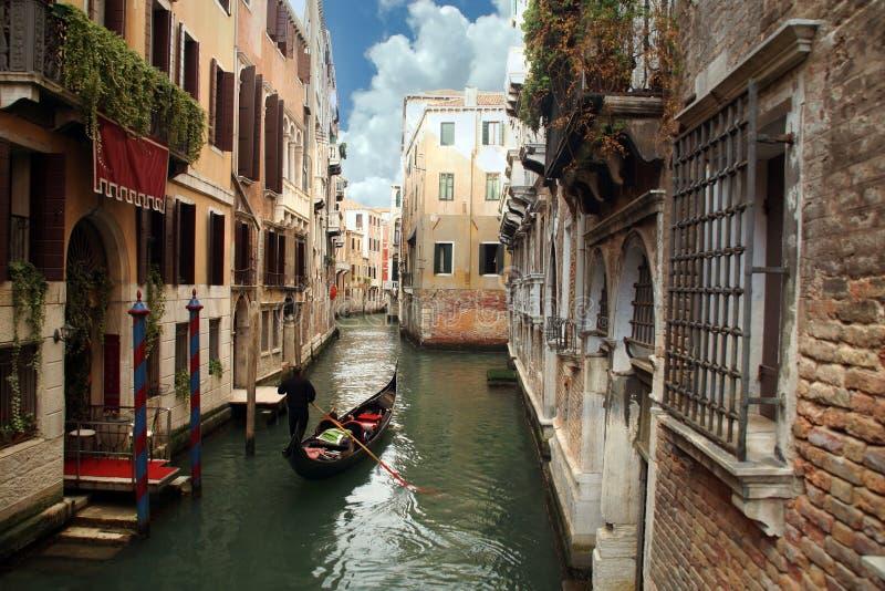 Gondolier em Veneza, Italy imagem de stock royalty free