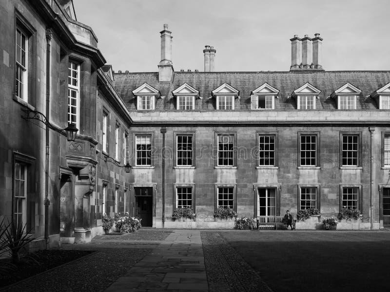 Gonville και κολλέγιο Caius στο Καίμπριτζ σε γραπτό στοκ εικόνες