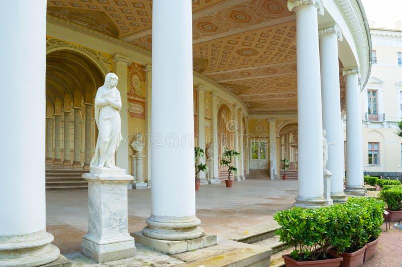 Gonzaga Gallery-Gebäude, Innenansicht der Skulptur und Freskoensemble in Pavlovsk, St Petersburg, Russland stockbilder