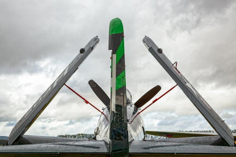 GOODWOOD, SUSSEX/UK DEL OESTE - 14 DE SEPTIEMBRE: Parque de Douglas Skyraider imagen de archivo