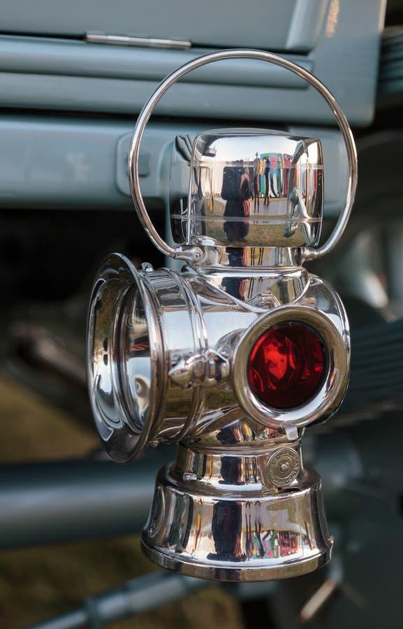 GOODWOOD VÄSTRA SUSSEX/UK - SEPTEMBER 14: Bakre lampa för närbild på arkivfoton