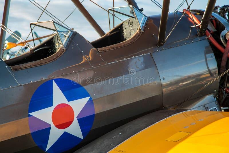 GOODWOOD VÄSTRA SUSSEX/UK - SEPTEMBER 14: Cockpit av en Boei 1942 royaltyfria foton