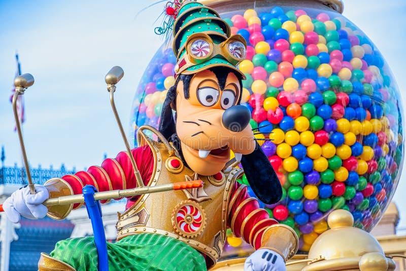 Goofy i Christmastime Parade arkivbild