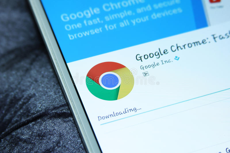 Google chrome web browser mobile app. Downloading google chrome web browser mobile app from google play store on samsung tablet stock image
