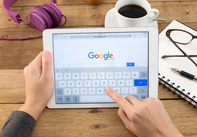 Google is een Amerikaan multi stock foto