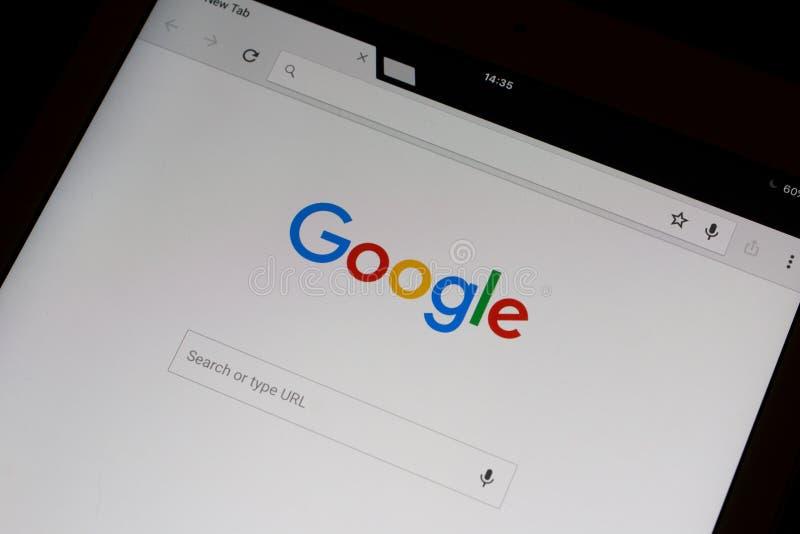 Google suchen in Google-Chrom, das auf einer iPad Luft frontpage ist stockbild