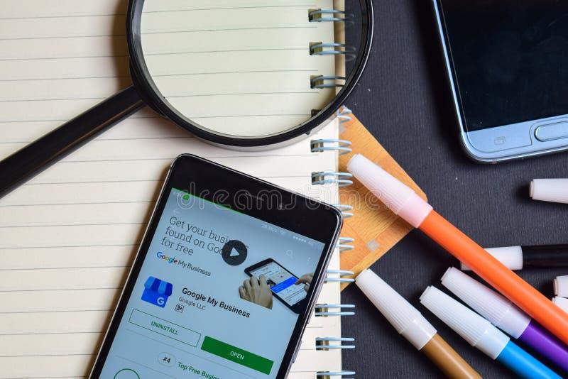 Google sztuka Rezerwuje App na Smartphone screenGoogle Mój biznes App na Smartphone ekranie zdjęcia stock