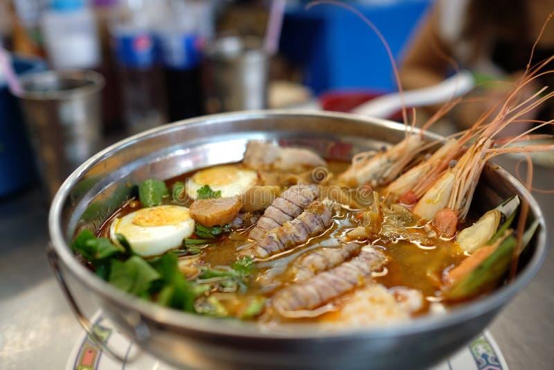 Goong di yum di Tom (stufato di castrato dei frutti di mare) immagini stock libere da diritti