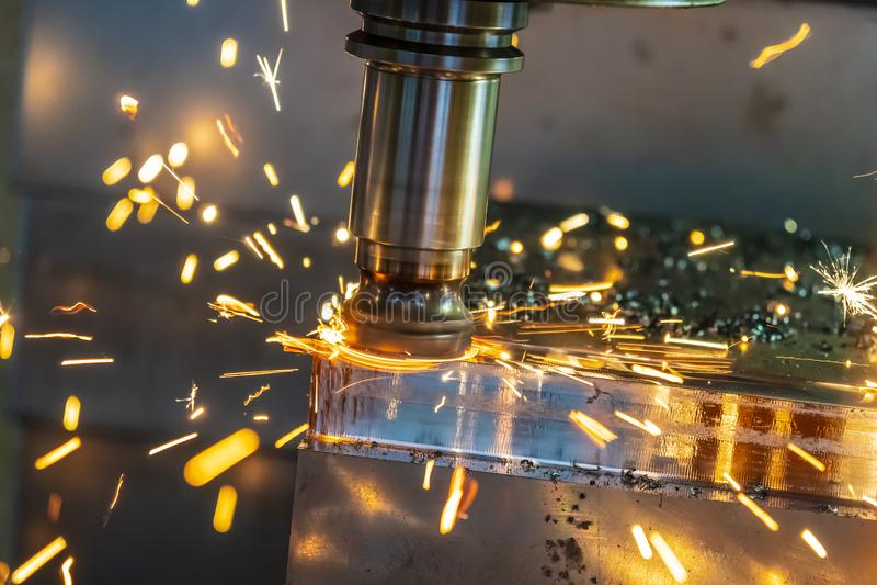 Gorący układ scalony na CNC maszynie od narzędziowej odzieży obrazy stock