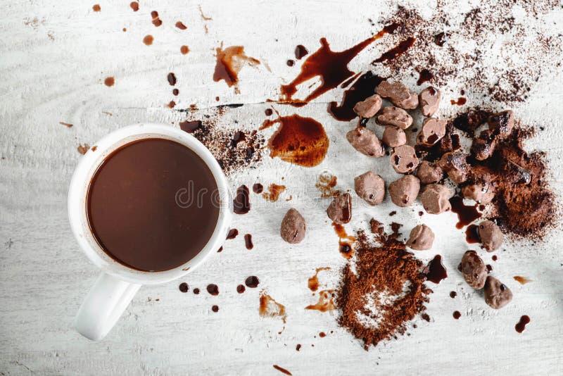 Gorąca czekolada i czekolada proszek z czekoladą fotografia royalty free