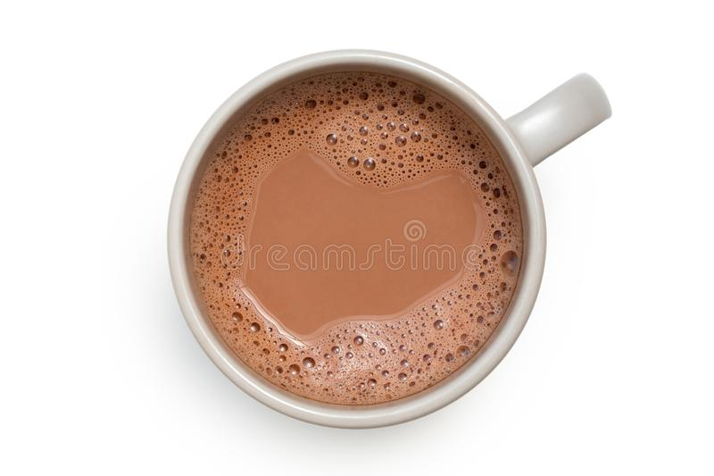 Gorąca czekolada w popielatym ceramicznym kubku odizolowywającym na bielu z góry obraz royalty free
