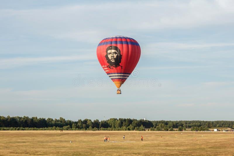 Gorące powietrze balon z Che Guevara zdjęcie stock