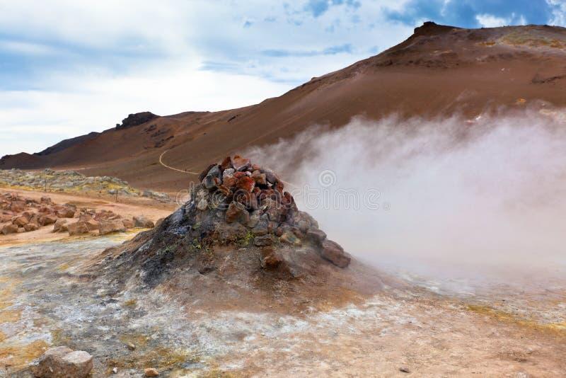 Gorący Geotermiczny teren Hverir, Iceland obraz royalty free