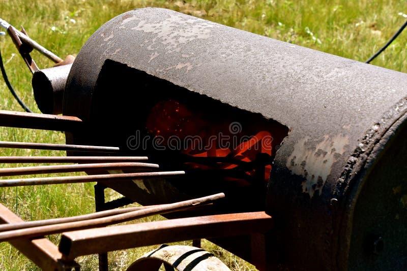 Gorący piecowy pełny oznakować żelaza obraz stock