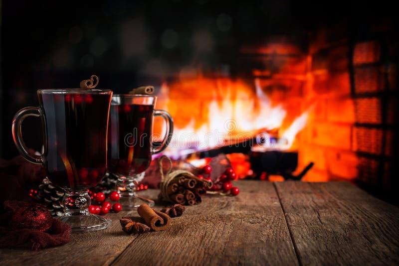 gorący rozmyślający wino obraz stock