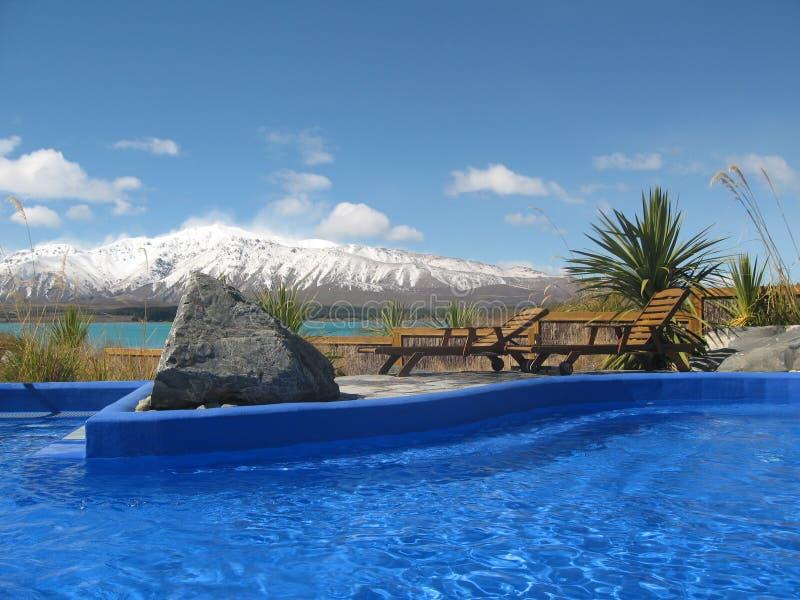 Gorący Tekapo jeziorny basen. Nowa Zelandia fotografia stock