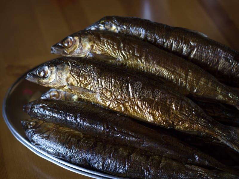 Gorący uwędzony Omul (endemiczni gatunki ryba w jeziornym Baikal, Rus fotografia royalty free