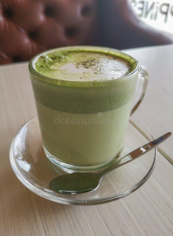 Gorący zielonej herbaty matcha latte obraz stock