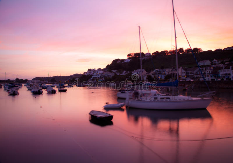 Gorey Hafen, Jersey lizenzfreie stockfotos