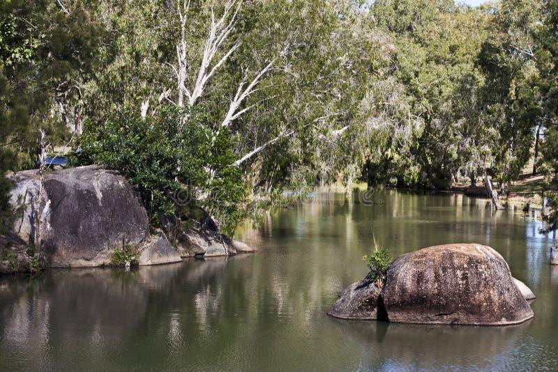 Gorge de granit près de vue de Mareeba de rivière images stock
