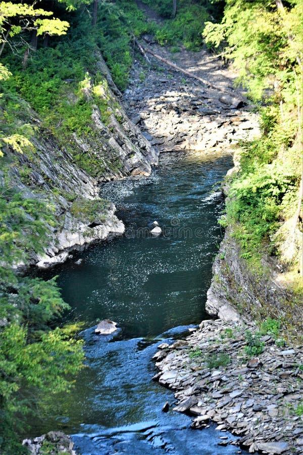 Gorge de Quechee, village de Quechee, ville de Hartford, Windsor County, Vermont, Etats-Unis images stock