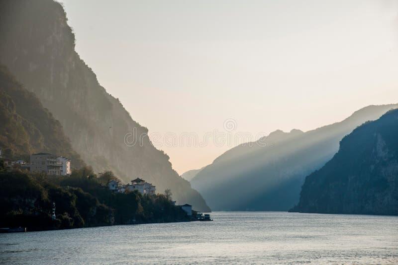 Gorge de Yiling le fleuve Yangtze Three Gorges Dengying photographie stock libre de droits