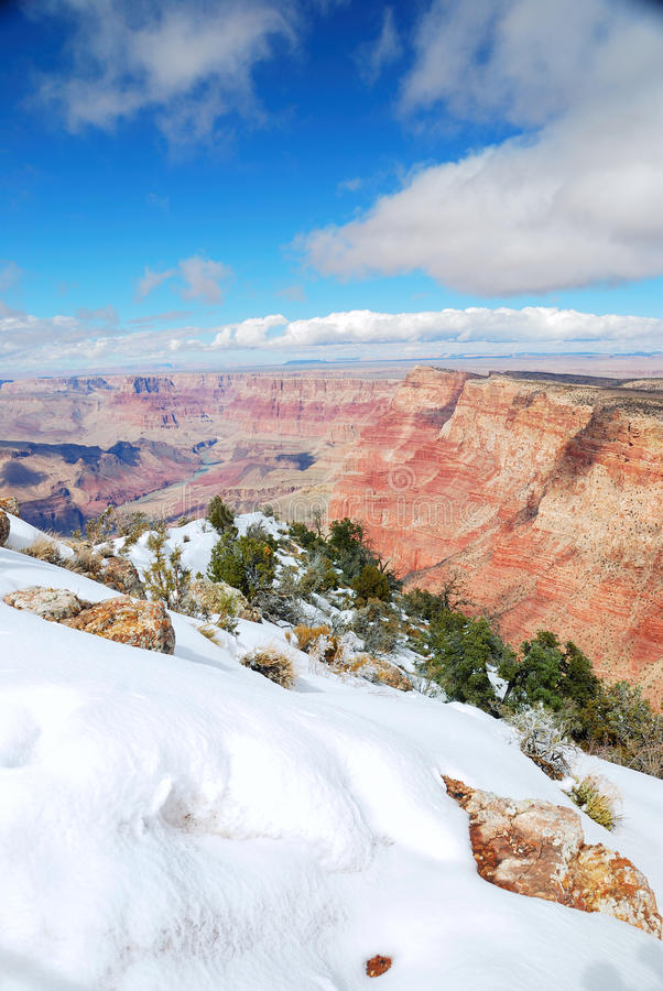 Gorge grande avec la neige photos stock