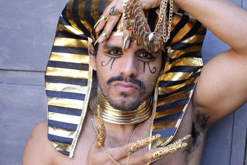 Egyptian man an pleasing Egyptian men