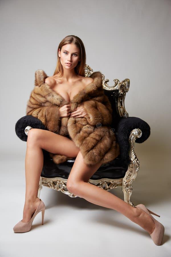 Amateur mature women porn