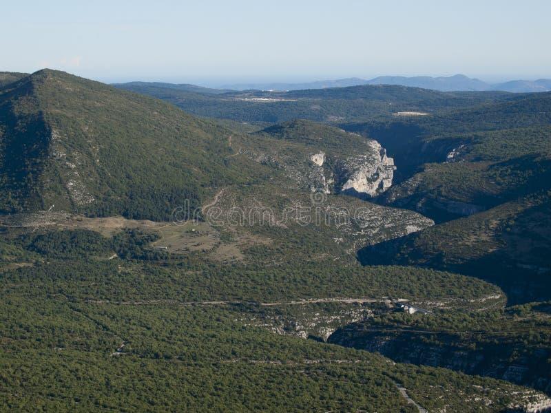 Gorges du verdon canyon and river aerial view alps - Location gorge du verdon avec piscine ...