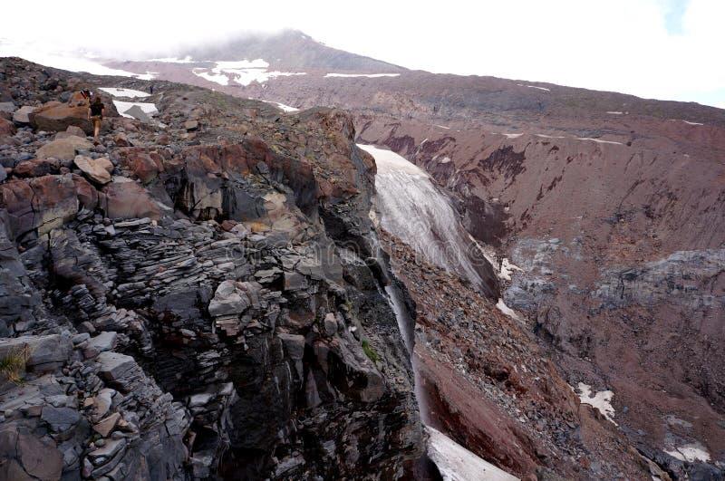 Gorgeus lodowa pobliska góra Kazbeg zdjęcia royalty free