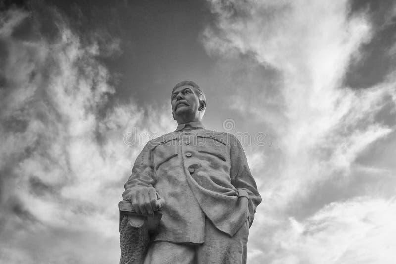 Gori Georgia - September 26, 2017: Monument till den sovjetiska ledaren Josef Stalin royaltyfri bild