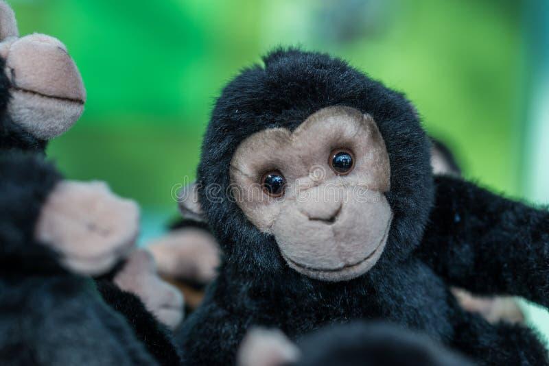Gorila mimoso lindo del juguete hecho de la felpa foto de archivo libre de regalías