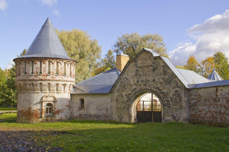Gorodok abandonné de Feodorovsky dans Tsarskoye Selo, St Petersburg, image stock