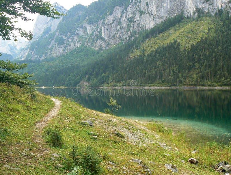 Gosausee in Österreich lizenzfreie stockbilder