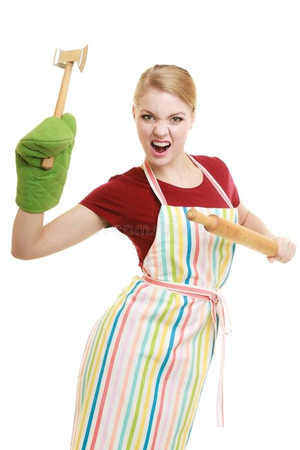 Gospodyni domowej lub piekarza szef kuchni trzyma kuchennego naczynie fotografia stock