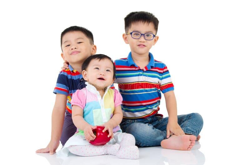 Gosses asiatiques photo libre de droits
