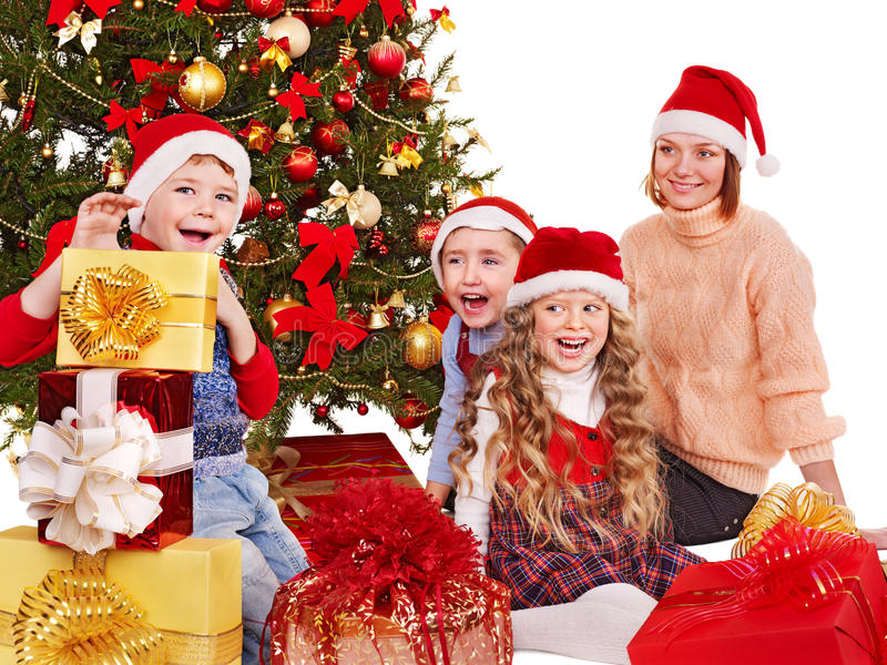 Gosses avec le cadre de cadeau de Noël. photographie stock