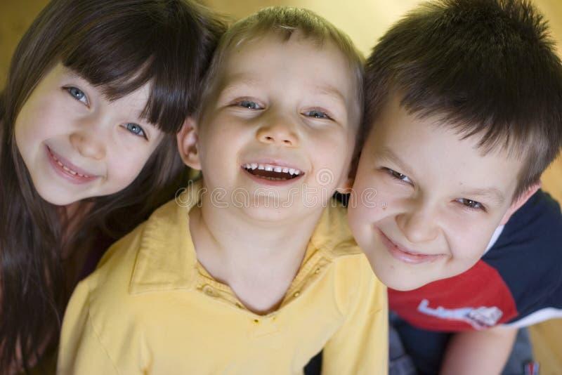 Gosses de sourire photographie stock