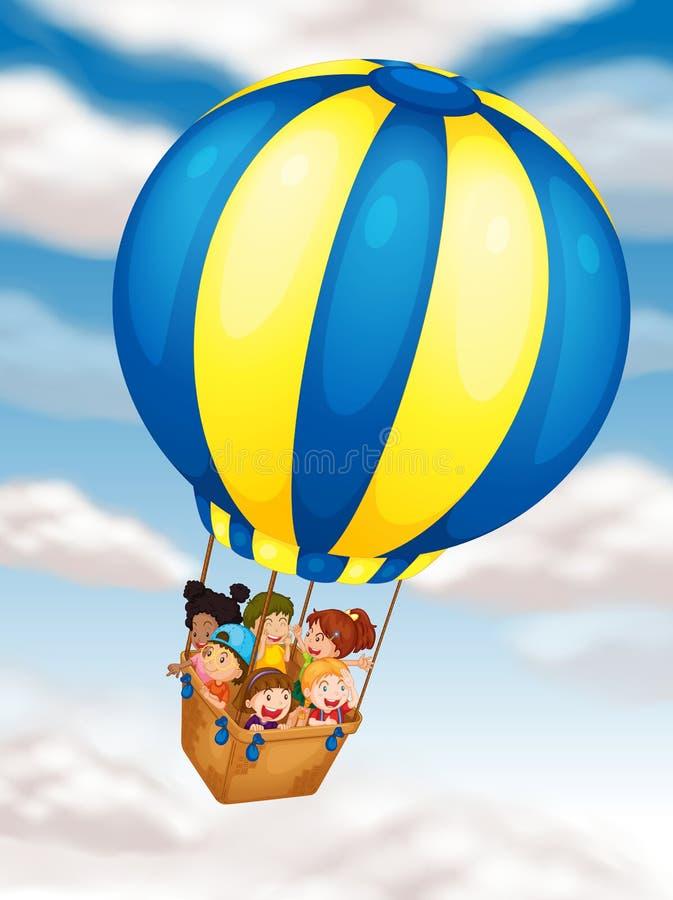 Gosses volant dans le ballon à air chaud illustration libre de droits