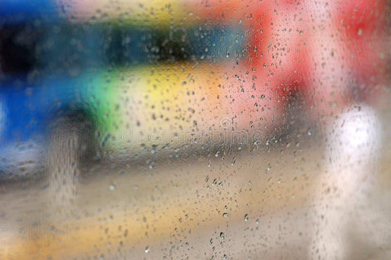 Download Gotas Da Chuva Em Um Indicador Imagem de Stock - Imagem de sumário, gota: 10054405