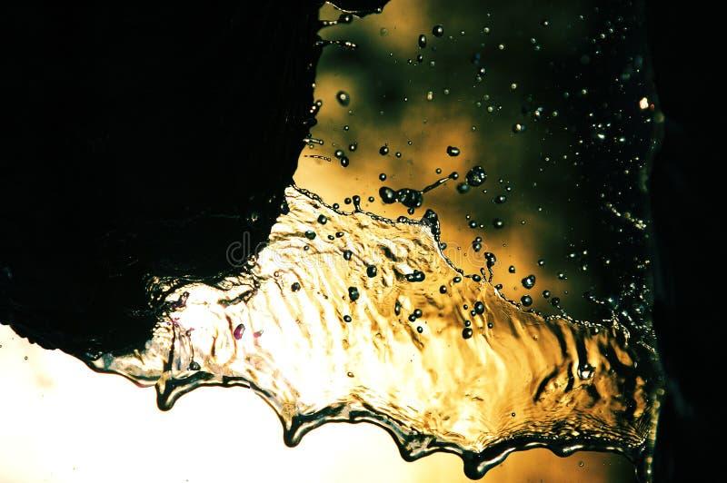 Gotas de água da fonte imagens de stock