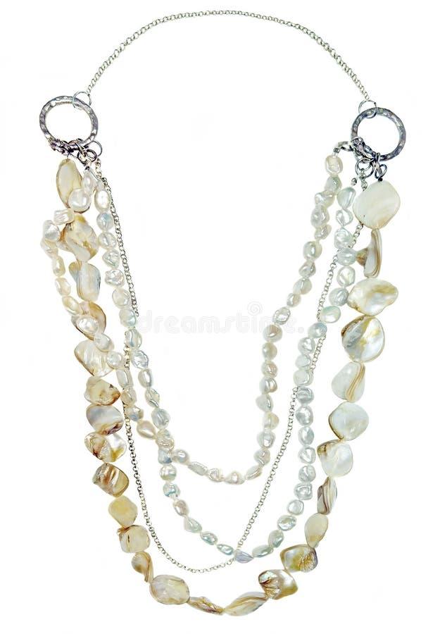 Gotas de las perlas y de los pedazos de cáscaras de la perla imagen de archivo libre de regalías