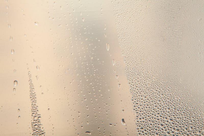 Download Gotas no vidro foto de stock. Imagem de aqua, água, raindrops - 80102044