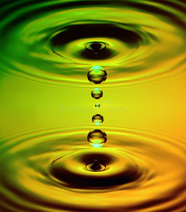 Gotas simétricas da água fotos de stock royalty free