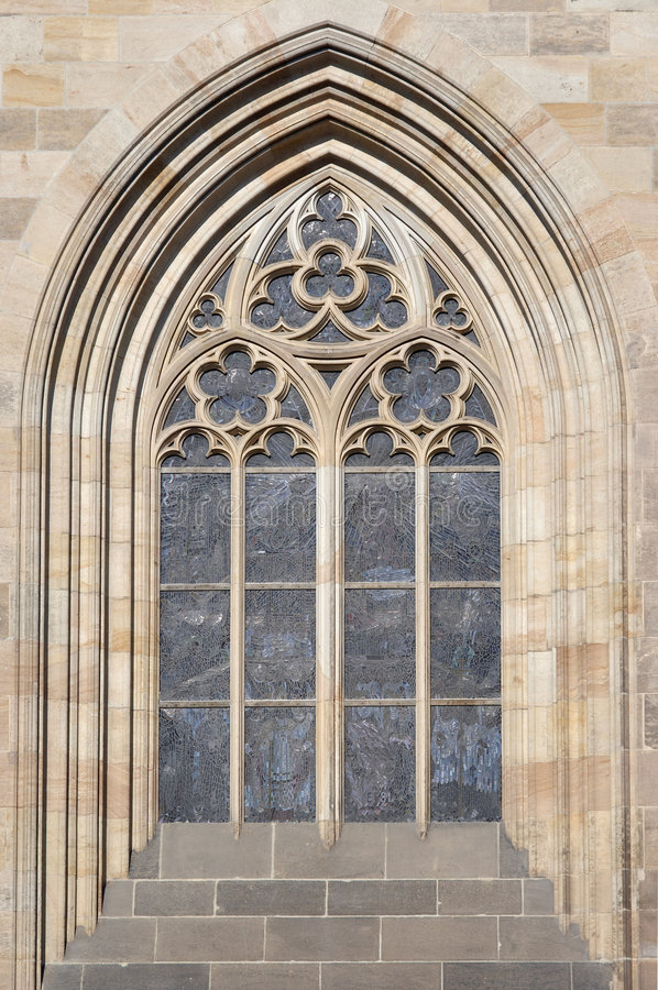 Free Gothic Arch Royalty Free Stock Images - 8182869