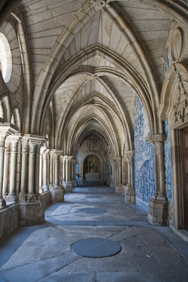 Free Gothic Cloisters In Porto, Por Royalty Free Stock Image - 4553706