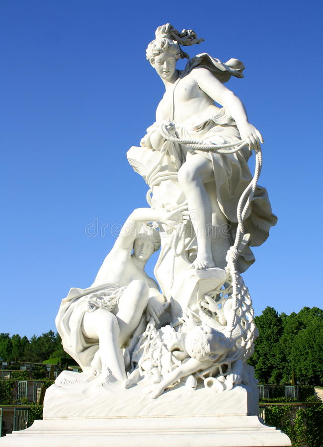 Free Gothic Sculpture Of Two Women With Baby, Park Sanssouci Stock Photography - 33819202