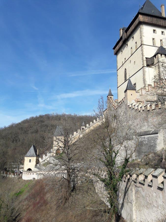 Gotisch kasteelhuis in Midden-Europa Karlstejn Carlos IV royalty-vrije stock foto's