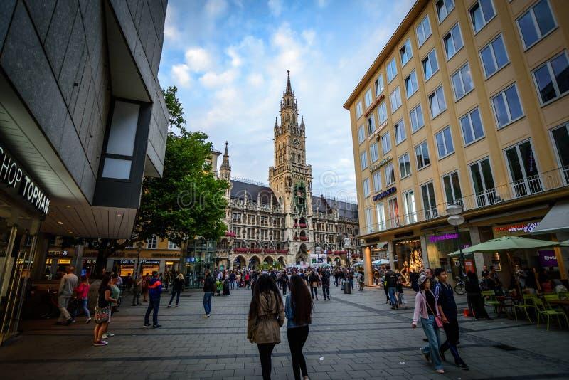 Gotisch Stadhuis van München stock afbeelding